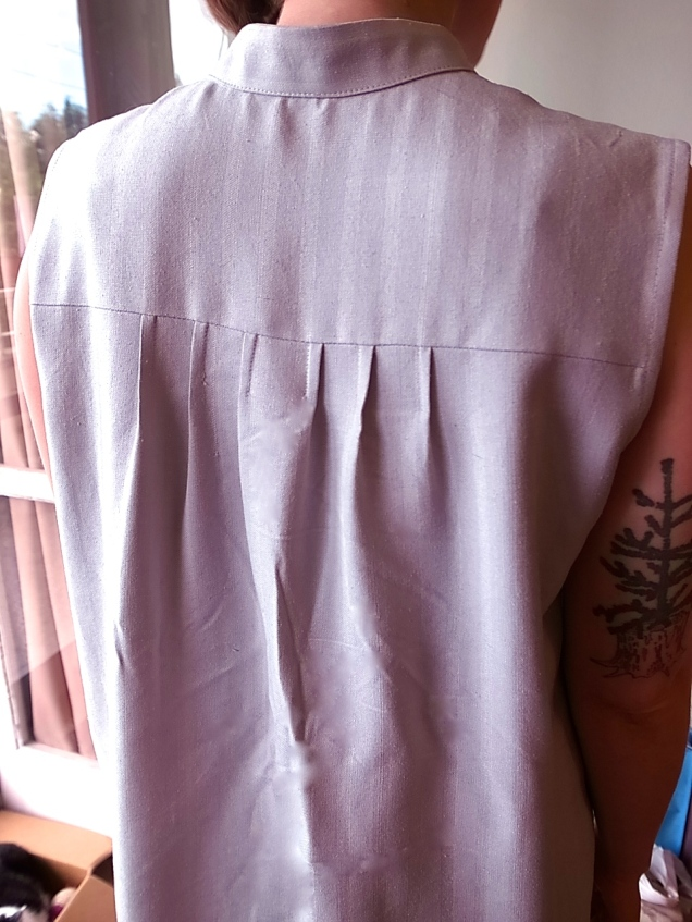 perfect back pleats. Slightly wrinkled after a day of wear; I hung it up and the wrinkles faded overnight.